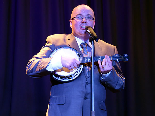 Luke-u-lele brings us memories of George Formby